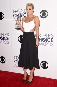 2015 People's Choice Awards: http://www.cefashion.net/2015-peoples-choice-awards-fashion-winners-and-losers #fashion #celebrities