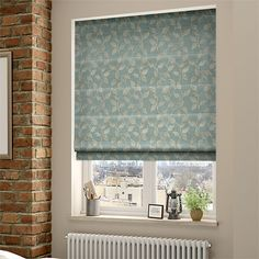 Window treatment with blinds is customary practice with many homeowners. The roman blinds are partic Sand Curtains, Roller Blinds, Blinds For Windows, Blackout Roller Blinds, House Blinds, Roman Blinds, Outdoor Blinds, Blinds, Vertical Blinds Diy