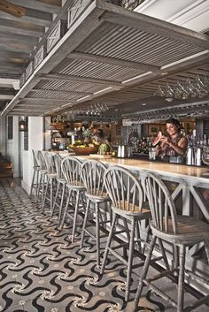 Country Restaurant, Mexico City. Mosaico modelo Rehilete.