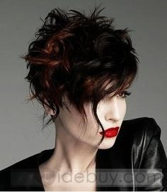 Short messy hairstyles are here. Messy hairstyles and short hair styles are here Short Textured Haircuts, Short Curly Hairstyles For Women, Asymmetrical Hairstyles, Messy Hairstyles, Straight Hairstyles, Curly Hair Styles, Hairstyle Short, Brown Hairstyles, Asymmetrical Pixie