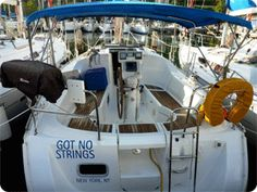 Conch Charters Oceanis 32 Sailboat Charter