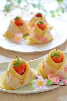 クリームチーズ入りの甘い苺大福♡もっちりクレープの着物で可愛いお雛様に仕上げたら子供達が大喜び✿ひな祭りにどうぞ♫