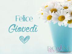 4 buon giovedì felice giovedì immagine con frase aforismo margherite fiori vaso