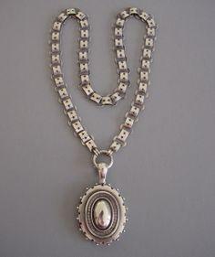 """VICTORIAN silver locket with star design collar, locket hallmarked """"GCH & Co."""""""