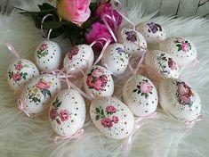 Baby Born, Egg Hunt, Easter Crafts, Easter Eggs, Decoupage, Art, Madeira, Kunst, Art Education