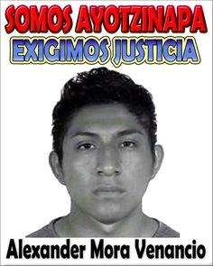 """CHILPANCINGO, Gro. (proceso.com.mx).- Integrantes del comité estudiantil de la Normal """"Raúl Isidro Burgos"""" de Ayotzinapa dieron a conocer que se confirmó que, entre los restos humanos encontrados e..."""