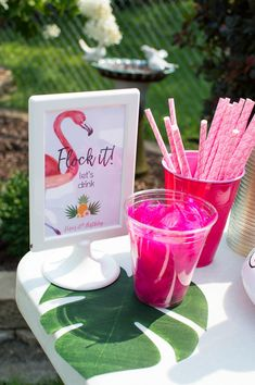 Let's Flamingle for a Birthday Party, styled by Elva M Design Studio. This Pineapple Flamingo party is bright and fun for a Summer birthday. Flamingo Birthday, Flamingo Party, Summer Party Themes, Summer Parties, Tea Parties, Party Ideas, 60th Birthday Ideas For Mom, 40th Birthday, Dance Party Birthday