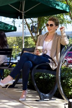 tips for what to wear on a coffee date!