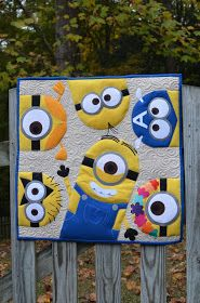 Oh Sew Loved: Minion Quilt Mini Swap! Adorable little mini quilt Cute Quilts, Boy Quilts, Small Quilts, Mini Quilts, Quilting Projects, Quilting Designs, Sewing Projects, Quilting Ideas, Minions