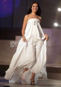 Miss Russia Universe 2002- Oxana Fedorova