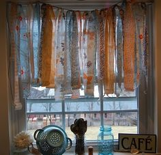 garland.. Kitchen curtain idea :)