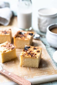 Cassava Cake is a classic dessert in the Philippines, popular for merienda (snack), and made with grated cassava and coconut milk. Try this easy, Filipino cassava cake recipe! Philipinische Desserts, Filipino Desserts, Gluten Free Desserts, Filipino Food, Filipino Recipes, Coconut Custard, Custard Cake, Coconut Milk, Cassava Cake Recipe Filipino