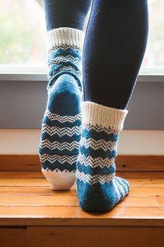 Endless Peaks Socks - Knitting Patterns and Crochet Patterns from KnitPicks.com by Edited by Knit Picks Staff