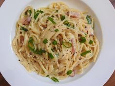 À COUP DE SPATULE: Spaghetti sauce Carbonara bacon sans crème.