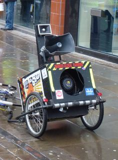 Ladies beware, a 'Pramophone' can be disguised (see some way below). Bike trailer sound system at Critical Mass in Manchester
