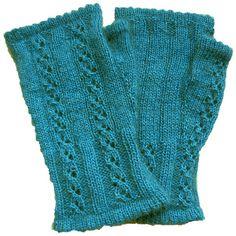 stitcherywitchery:  Fiordiligi — a free pattern for knit fingerless mitts byCaoua Coffee