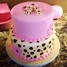 Baby shower girl cake leopard and pink
