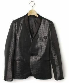 【ZOZOTOWN】H&M(ヘンネスアンドモーリッツ)のブランド古着「テーラードジャケット」(テーラードジャケット)をセール価格で購入できます。