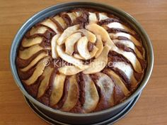 torta pere e cioccolato ricetta Sweets Recipes, Baking Recipes, Cake Recipes, Raspberry Coffee Cakes, Pretzel Desserts, Plum Cake, Cupcakes, Italian Cookies, Love Cake