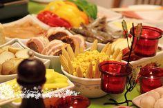 Raclette table setup