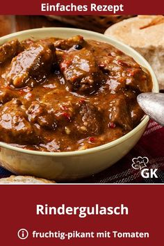 A beef goulash is a very traditional recipe. A little complex, but the taste is even better. recipe A beef goulash is a very traditional recipe. A little complex, but the taste is even better. Pork Recipes, Chicken Recipes, Cooking Recipes, Healthy Breakfast Recipes, Healthy Recipes, Beef Goulash, Austrian Recipes, German Recipes, Gazpacho