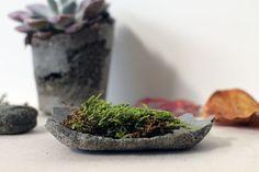 "Flexible Stone Bowls Using ""Sandy Foam"""