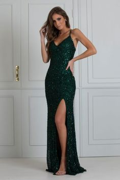 Deb Dresses, Pretty Prom Dresses, Homecoming Dresses, Formal Dresses, Green Ball Dresses, Long Mermaid Dress, Prom Outfits, Beautiful Gowns, Ball Gowns