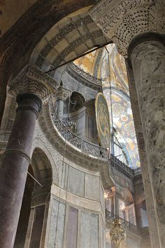 Istanbul: Hagia Sophia | Flickr - Photo Sharing! Byzantine Architecture, Islamic Architecture, Art And Architecture, Sainte Sophie, Hagia Sophia Istanbul, Modern Buildings, Beautiful Buildings, Amazing Places On Earth, Istanbul Turkey