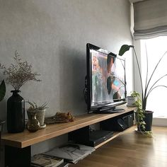 Tv Wall Design, Open Shelves, Tv Unit, Living Room Decor, Sweet Home, Instagram, Industrial Living Rooms, Home, Interiors