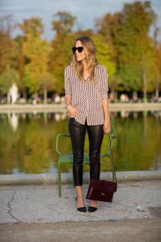 Beautiful patterned shirt with leather skinnies and how perfect is that oxblood bag?!