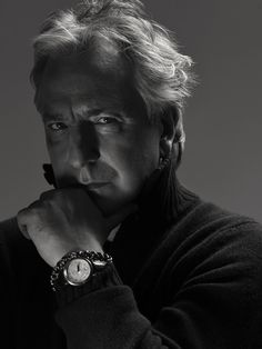 November 2009 - Alan Rickman had a professional photo session with Carlos Lumiere. This is one of the photos from that session. Alan Rickman Always, Beautiful Men, Beautiful People, Severus Rogue, Alan Rickman Severus Snape, Harry Potter, Ares, Portraits, Best Actor