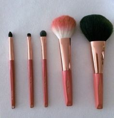 Hakuhodo Coral Vermillion Set