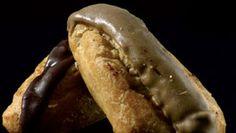 Sciu al caffe - Un tipo di bigne allugato farcito con crema- Pasticceria Napoletana