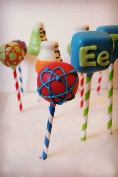 Mad Science theme Cake pops by Evie and Mallow … Science Cake, Mad Science Party, Mad Scientist Party, Cake Pops, Party Food Themes, Birthday Party Themes, Party Ideas, 7th Birthday, Chemistry Cake
