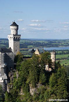 Neuschwanstein und Allgäu, Bayern, Bavaria  http://www.florilegium.de/blog/reisen/wanderungen/wanderung-vom-tegelberg-vorbei-am-schloss-neuschwanstein.html