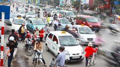 Cấp phù hiệu riêng cho taxi Hà Nội - Chính trị - Xã hội - Tuổi Trẻ Online  PHÙ HIỆU RIÊNG / TAXI HN