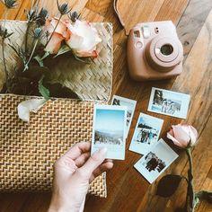 Polaroid Camera Kit Without Camera Polaroid Camera One Step 2 Case Photography Camera, Creative Photography, Nature Photography, Polaroid Instax Mini, Fujifilm Instax Mini, Tumblr Effects, Polaroid Pictures, Polaroids, Polaroid Ideas