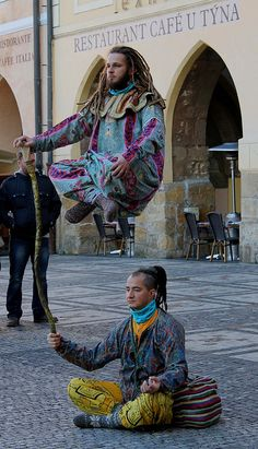 http://WhoLovesYou.ME | Street Performers | Flickr - Photo Sharing! #streetperfomers #buskers