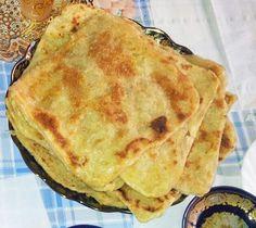 Msemen o rgayef     rgayef     Msemmen o Rgayef es un tipo de pan marroquí que se come para desayunar o merendar junto al té...