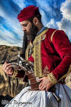 Folk Costume, Costumes, World Cultures, Folklore, Traditional Art, Places To Travel, Greece, Character Design, Pure Products