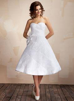Wedding+Dresses+-+$199.99+-+Ball-Gown+Sweetheart+Knee-Length+Taffeta+Organza+Wedding+Dress+With+Ruffle+Feather+Flower(s)+(002012097)+http://jjshouse.com/Ball-Gown-Sweetheart-Knee-Length-Taffeta-Organza-Wedding-Dress-With-Ruffle-Feather-Flower-S-002012097-g12097