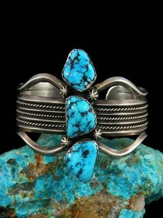 Vintage Native American Sterling Silver Turquoise Bracelet #SterlingSilverNativeAmerican #SterlingSilverVintage #SterlingSilverJewels