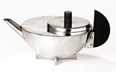 bauhaus design - Marianne Brandt teapot...seems a bit dated tome now but still a classic