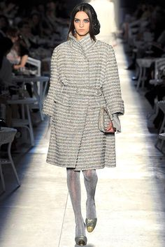 Chanel Fall 2012 Couture - Review - Fashion Week - Runway, Fashion Shows and Collections - Vogue