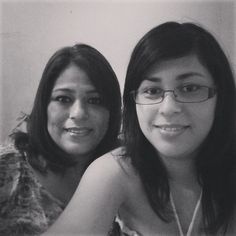 "@danae_yered's photo: ""With my mom :) #HappyMothersDay #SelfieWithMom #Mom #Selfie"""