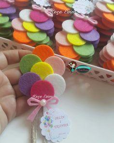Button Crafts To Sell Beads - Fabric Beach Crafts - Halloween Crafts For Kids Mason Jar - - Kids Crafts, Felt Crafts Diy, Baby Crafts, Crafts To Sell, Fabric Crafts, Arts And Crafts, Creative Crafts, Paper Crafts, Felt Flowers