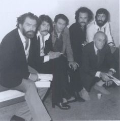 Kostas Kazakos, Stavros Paravas, Stavros Xarchakos, Nikos Xilouris, Antonis Kalogiannis and Manos Katrakis (squatting) - Beautiful People, Beautiful Pictures, Old Greek, Cinema Theatre, Old Photos, Che Guevara, Greece, Nostalgia, Memories