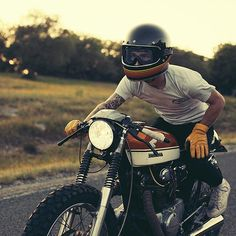 Cb350 honda and Biltwell helmet