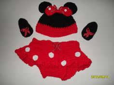 Items similar to Photo prop : Crocheted Minnie Mouse set for baby girls hat, too too built in diaper cover and booties on Etsy Baby Girl Hats, Girl With Hat, Baby Boy Outfits, Baby Girls, Mickey Mouse Outfit, Baby Mickey Mouse, Hand Crochet, Hand Knitting, Crochet Hats