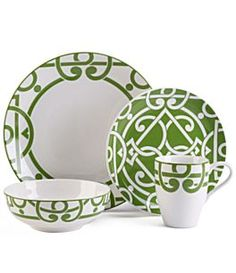 Show Us Your Life - China Patterns World Of Color, Color Of The Year, Green Dinnerware, Table Place Settings, China Sets, China Patterns, Ceramic Painting, Tablescapes, Kitchen Decor